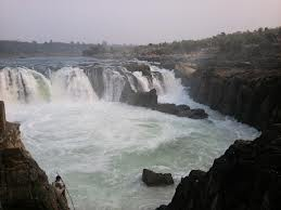 Cabs from Mangalore to Jabalpur